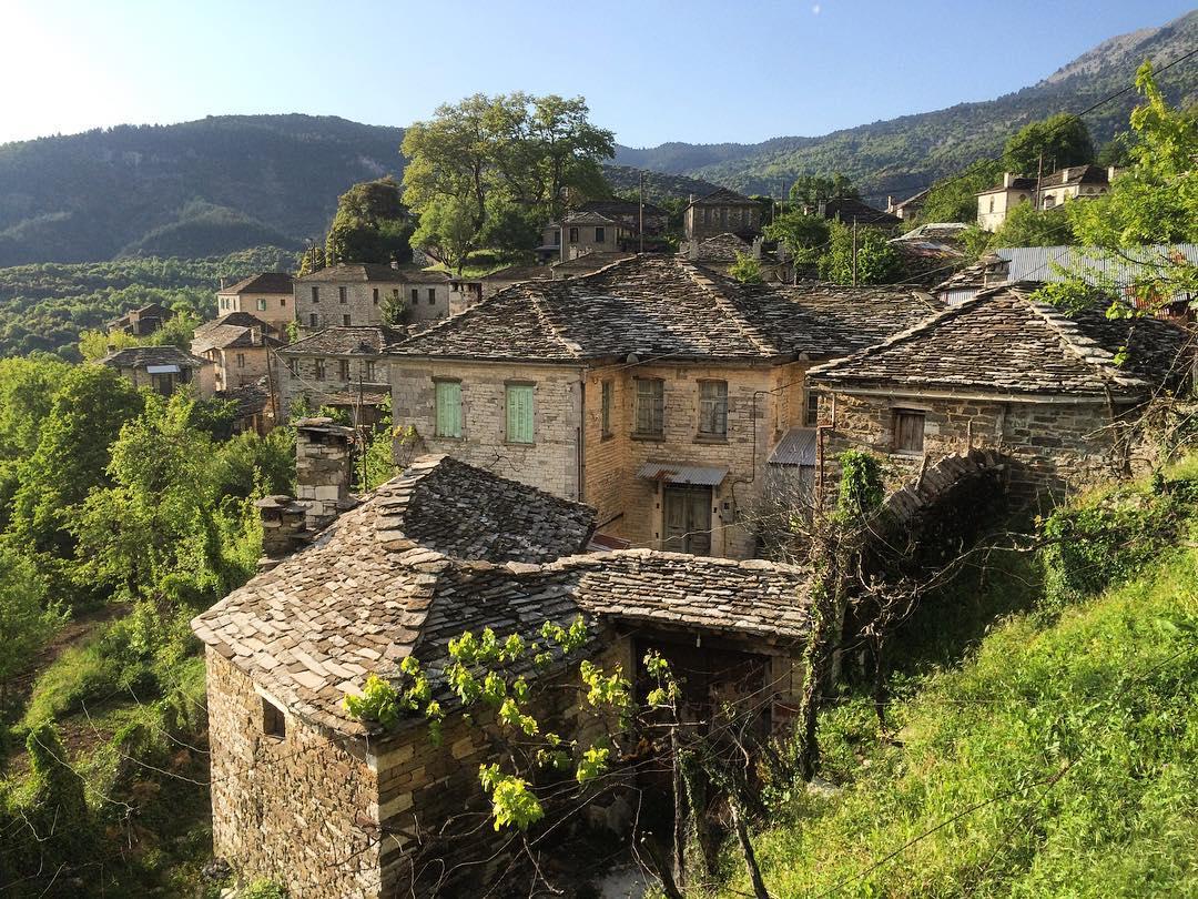 Mikro Papingo, Greece